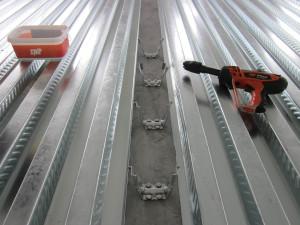 Connettori fissati direttamente su trave in acciaio